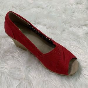 Toms Red Canvas & Jute Peep Toe Wedges